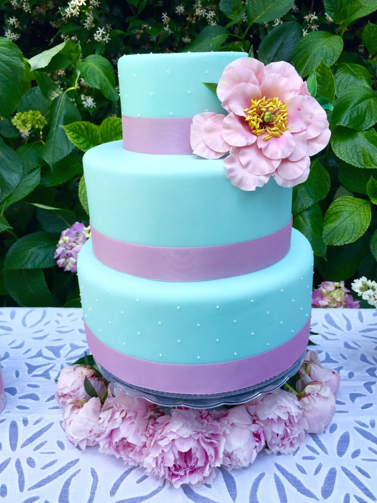 Cake Design con torte personalizzate per comunione e ...